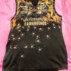 Motorcycle at the FairgroundsTheme Sleeveless Top
